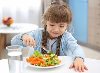 Dinh dưỡng cho bé ngừa covid